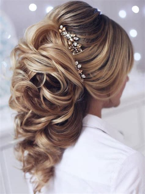 wedding hairstyles deer pearl flowers