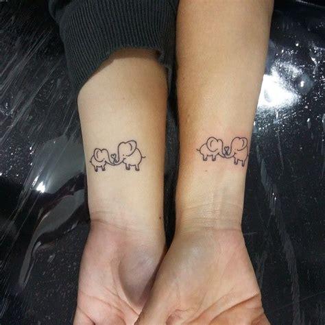 25 melhores ideias de mam 227 e filha tatuagens no pinterest