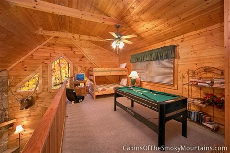 8 bedroom cabins in pigeon forge pigeon forge cabin jeremiah s lodge 2 bedroom sleeps 8