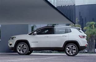 Jeep Compas 2017 Jeep Compass Revealed Looks Like A Smaller Grand