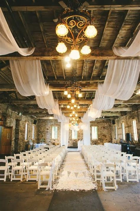 barn fall wedding venue http memorablewedding blogspot com 2014 02 fall wedding ideas theme