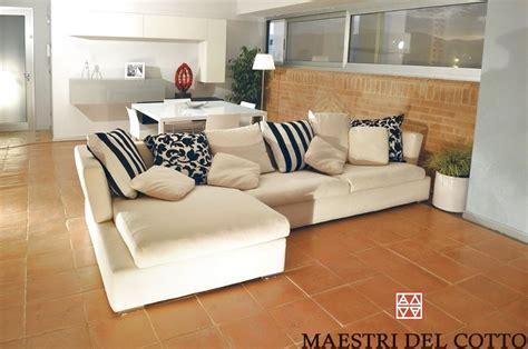 arredamento con pavimento in cotto appartamento a citta della pieve arredamento moderno e
