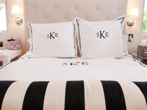 White And Gold Bed Set Teenage Bedroom Color Schemes Pictures Options Amp Ideas