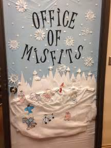 Christmas Door Decoration Ideas christmas door decorated rudolph and the island of misfit