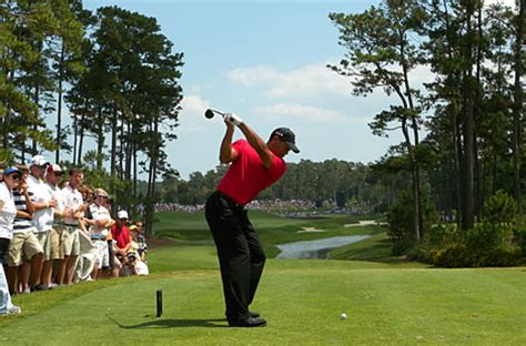 how to get your golf swing back tiger woods how should your back swing look