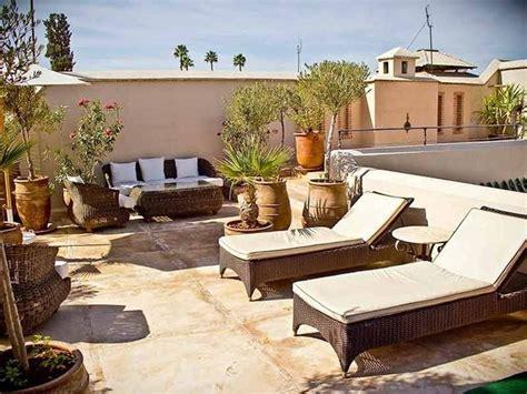 attrezzare un terrazzo i vantaggi degli appartamenti con terrazzo costruire una