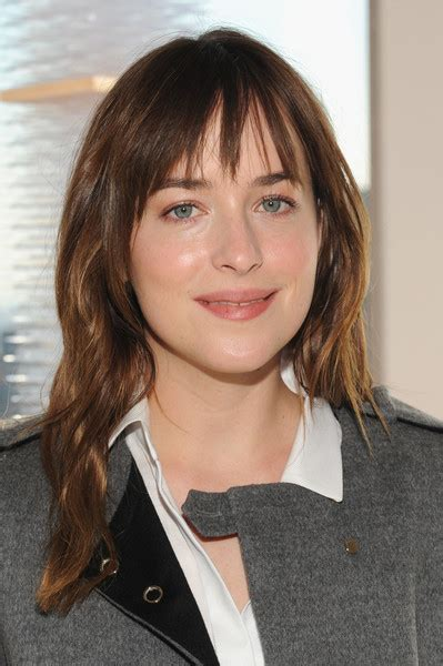 how to cut bangs like dakota johnson dakota johnson long wavy cut with bangs long wavy cut