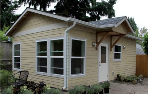 Small Backyard Cottage by Backyard Cottages Coming To A Neighborhood Near You