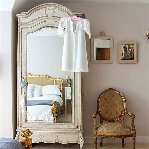 paris shabby chic bedroom 52 best vintage paris bedroom ideas images on pinterest