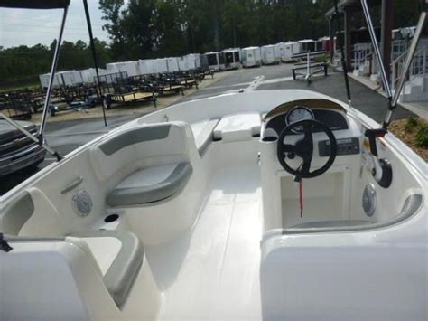 bayliner element seat cushions 2014 bayliner element gulf to lake marine and trailers