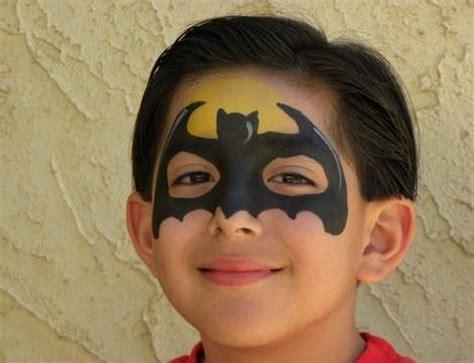 imagenes para pintar la cara de los niños paso a paso c 243 mo hacer un maquillaje de batman para ni 241 os