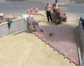 How To Install Pavers For A Patio Paver Wikidwelling