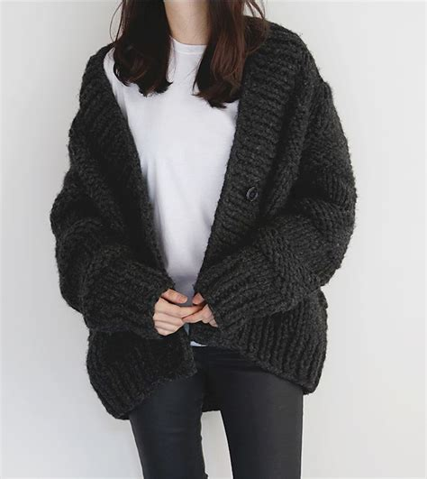 how to knit a chunky sweater 25 best ideas about chunky cardigan on