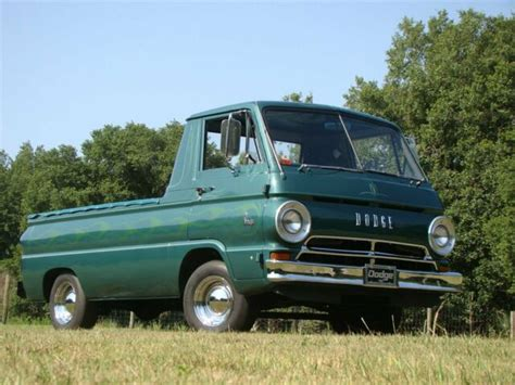 dodge  custom  miles green pickup  speed