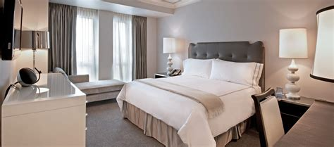 two bedroom hotel suites in chicago two bedroom pied 224 terre suite large suites waldorf
