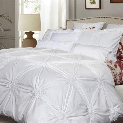shop qe home quilts   exclusive luxury linens