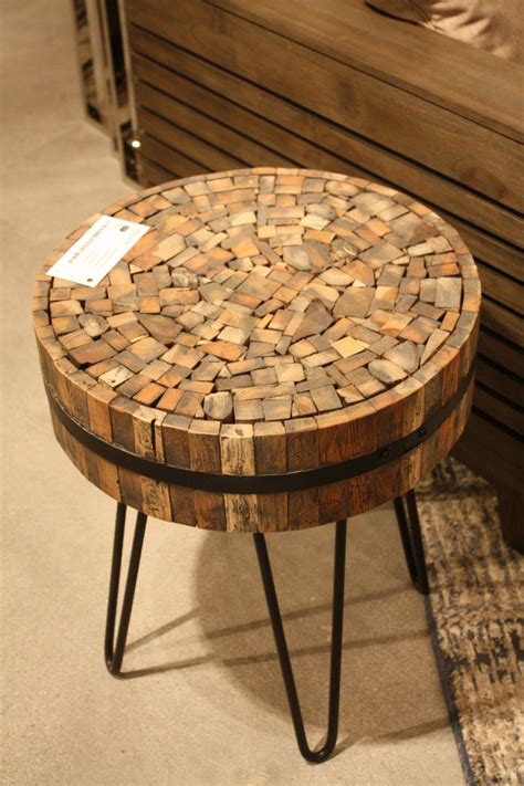 wood coffee table  minimalist  wonderfully intricate