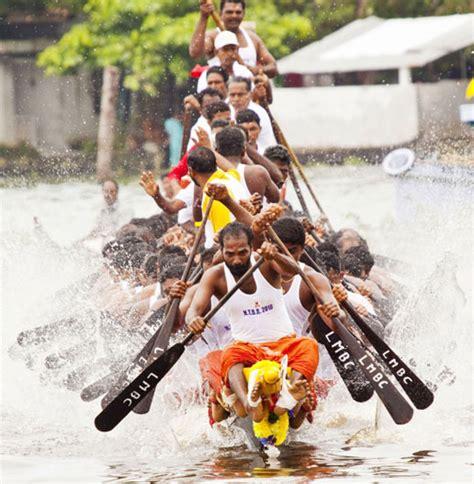 drawing of boat race in kerala boat races in kerala vallamkali boat festivals