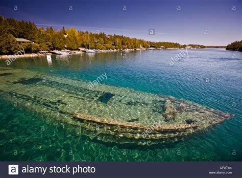 Sweepstakes Shipwreck - shipwreck of the sweepstakes built in 1867 in big tub harbour stock photo royalty