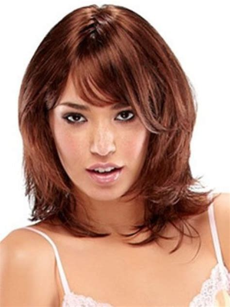 haircuts for round face shoulder length 16 must try shoulder length hairstyles for round faces
