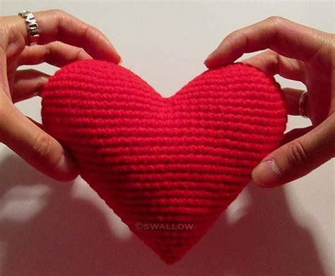 crochet valentines day crocheting hearts 6 patterns that are for