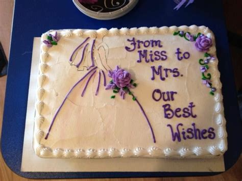 unique bridal shower cake sayings best 25 bridal shower cakes ideas only on