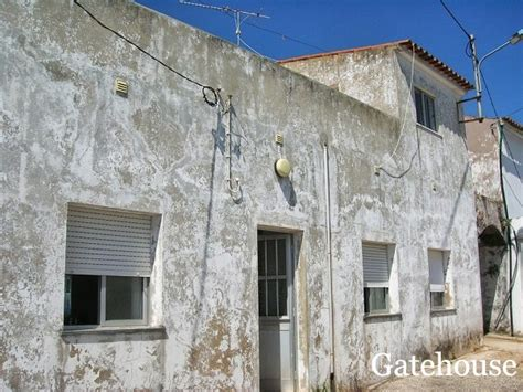 cheap houses for renovation cheap houses for renovation cheap 4 bed algarve property for renovation gatehouse