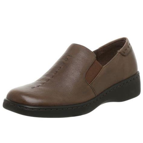aerosole sandals naturalizer womens  slip
