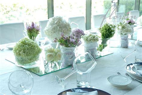 fiori per centrotavola centrotavola floreali oggetti di casa centrotavola fiori