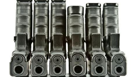 Guns glock handguns firearms wallpaper   (29514)