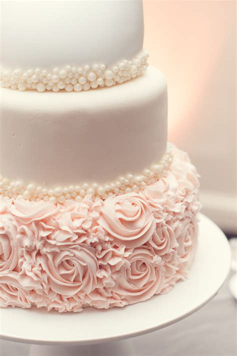 Pink Wedding Cakes by 20 Gorgeous Wedding Cakes That Wow