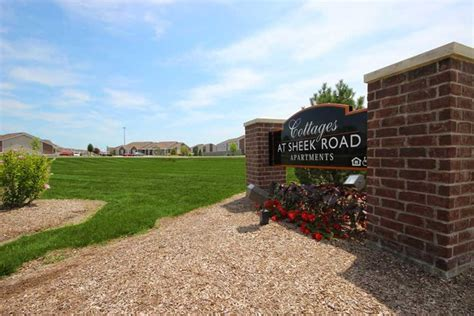 New Apartments In Greenwood Indiana Cottages At Sheek Road Greenwood In Apartment Finder