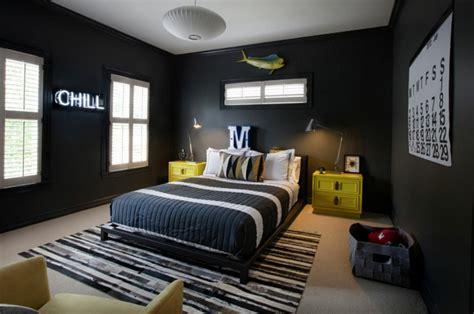 schwarz weiße decke schlafzimmereinrichtung massivholz