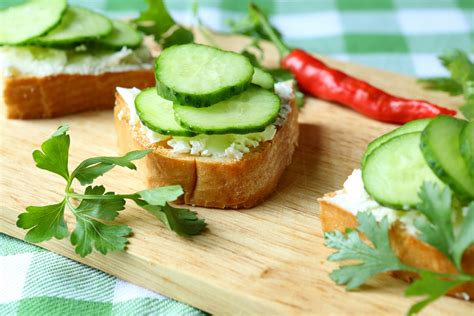 easy no cook canapes dill cucumber toasties kitchme