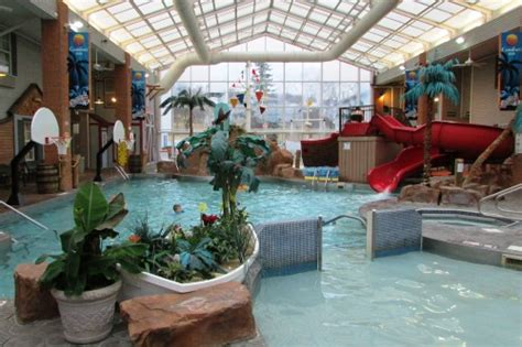 comfort inn splash harbor splash harbor indoor water park in bellville ohio review