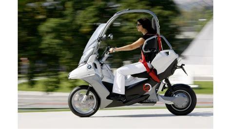 hondas electric canopy gyro japans   wheeled