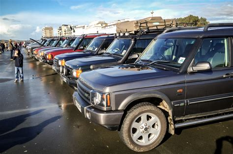 old land rover discovery in praise of the 25 year old land rover discovery autocar