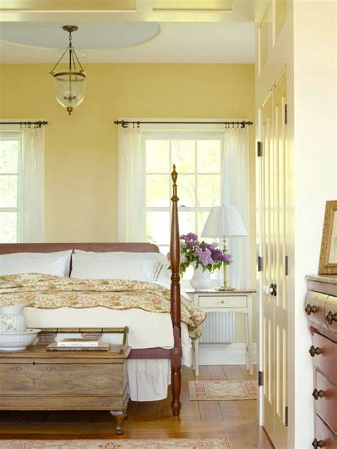 decorating ideas  yellow bedrooms farmhouse style