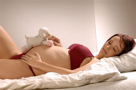 comfortable position top 10 pregnancy sleep positions