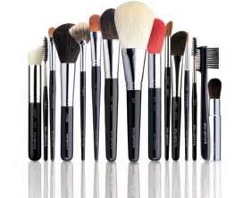 makeup brush spoiled pretty