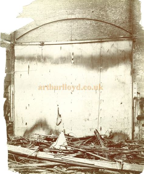 fire curtain theatre the theatre royal drury lane fire of 1908