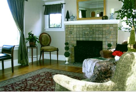 empty home s don t sell fast lifestyle luxury properties practical magic tips on staging a home