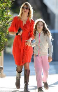 Buying A Beach House laura dern with daughter jaya after oscar nomination for