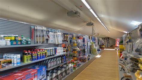 Shoo Marine marine store opens shop