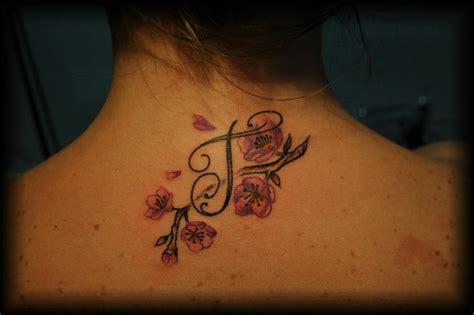 tatuaggi collo lettere lettera by i colori dell anima