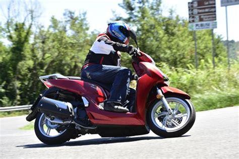 Motorrad Führerschein Test 2015 by Motorrad Testberichte F 252 R Roller Motorr 228 Der