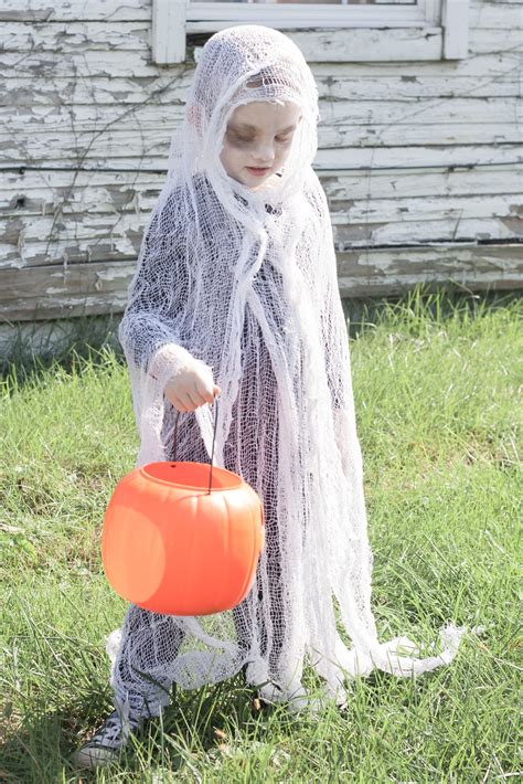 easy diy scary ghost costume bit bauble