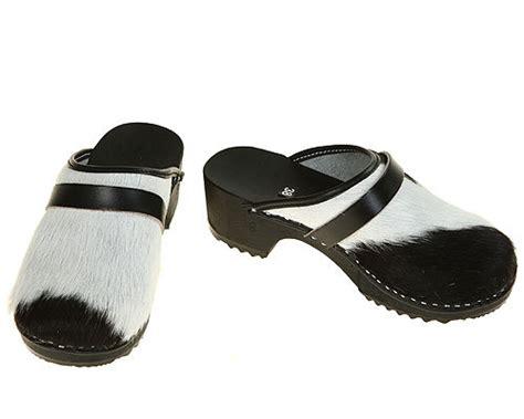 Cowhide Clogs classic cowhide clogs black white