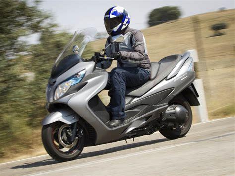 Suzuki Burgman 400 Vs 650 Prueba Suzuki Burgman 400 Abs 2015 Valor Seguro Motos