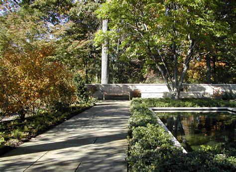 Via Quot The Elizabeth Nona Evans Restorative Garden Cleveland Botanical Gardens